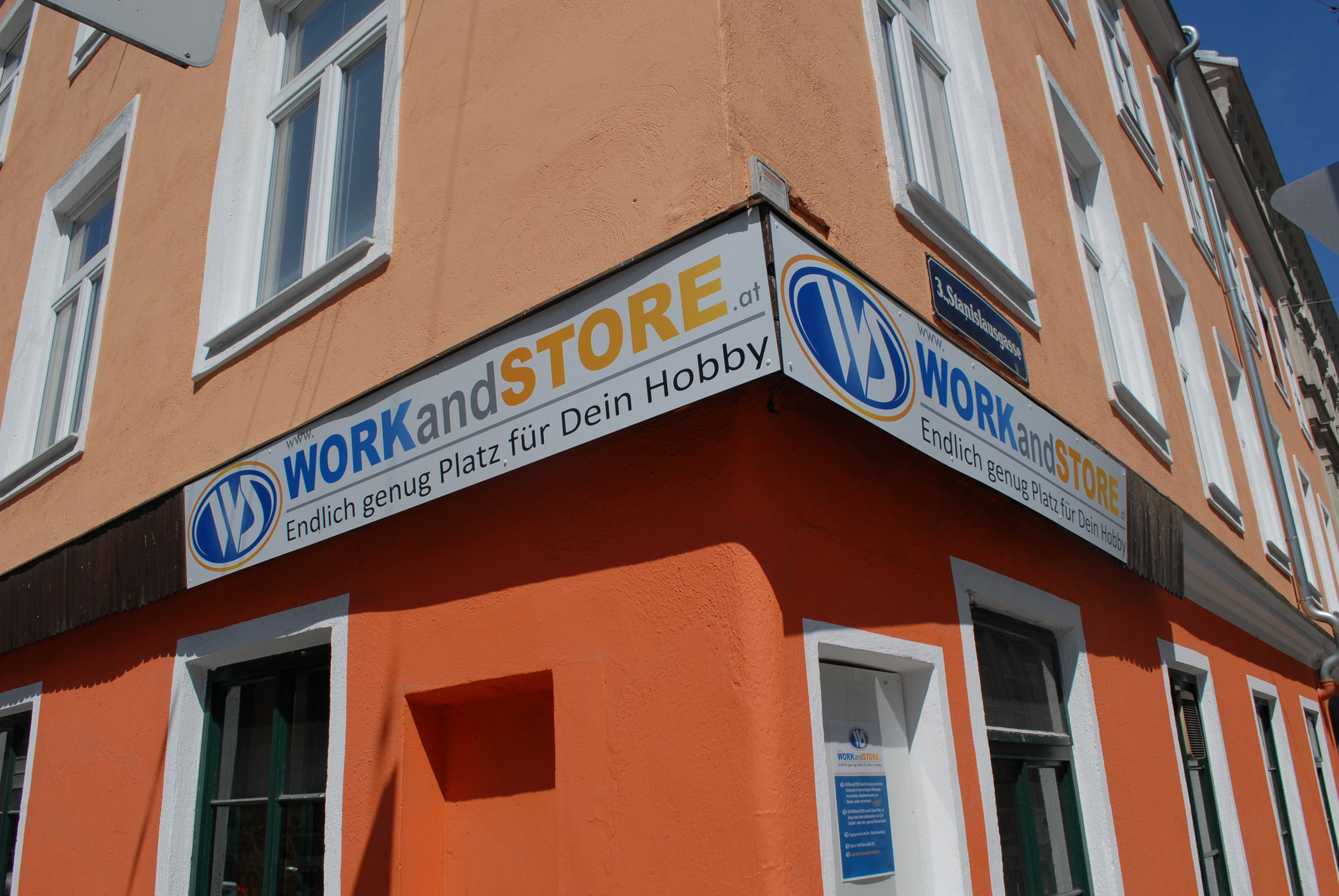 WORKandSTORE Center